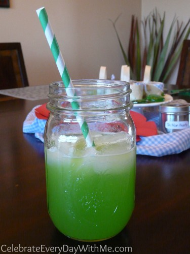 Green Punch in Mason Jar (Munchkin Juice) for Wizard of Oz party