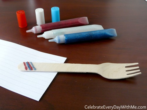 decorating wooden utensils with non-toxic glitter glue