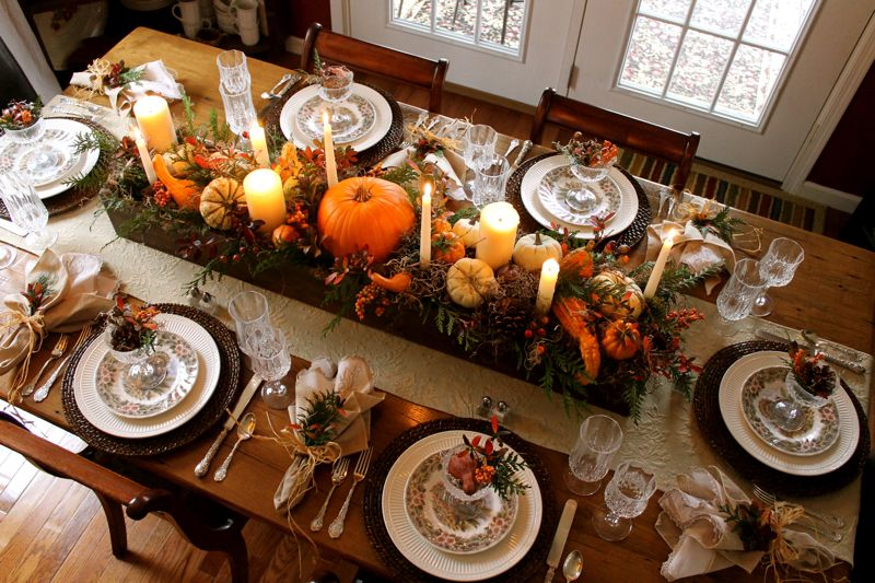 Ideas for your thanksgiving table celebrate every day for Elegant table setting for thanksgiving