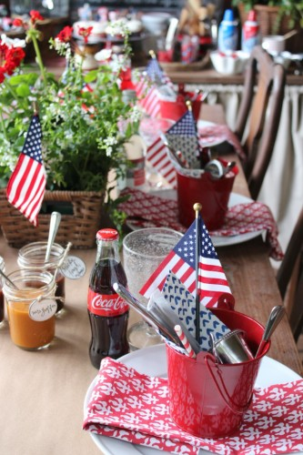 Talk-of-the-House-4th-of-July-table-settings-682x1024