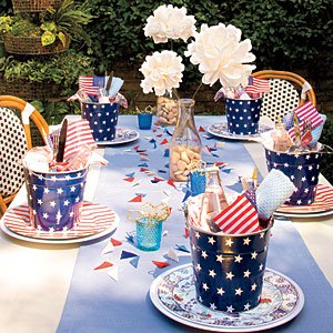 table-setting-m southern living