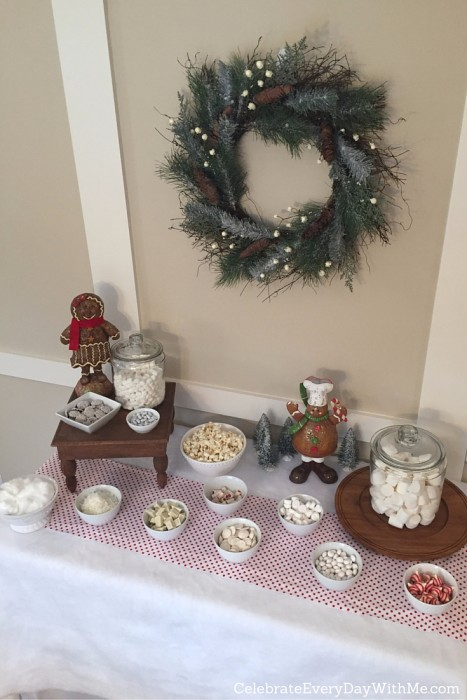 Snowy Gingerbread House Party - 10
