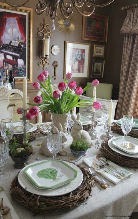 tulips-on-easter-table-with-tan-and-white-ballards-curtains