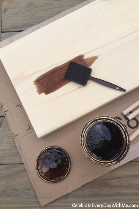 how-to-make-a-chalkboard-serving-tray-2