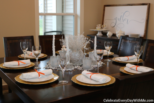 new-years-brunch-table-setting-1