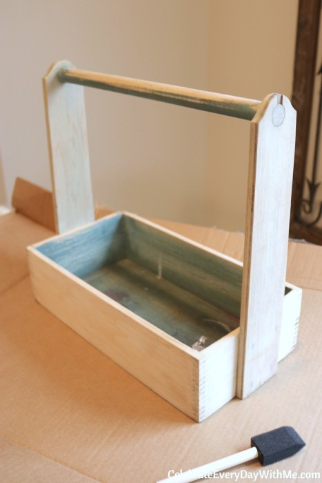 How to Turn a Junky Tool Box into a Beautiful Tea Caddy (4b)