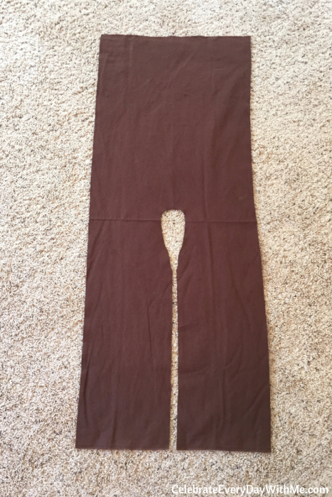 how to make a no-sew jedi robe (3)
