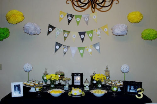 Cherise Made The Happy Birthday Banner And Cupcake Toppers Out Of Scrapbook Paper Hand Cutting Each Flower Bumblebee
