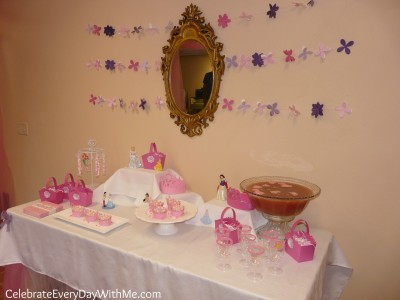 disney princess party table 2