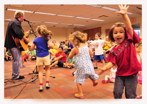 kids_dance_polaroid