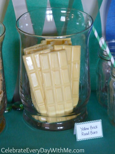 Yellow Brick Road Bars for Wizard of Oz Party - Chocolate from Chocoley.com