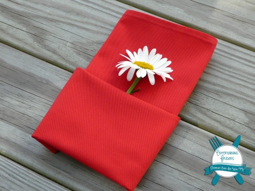 single napkin fold for entertaining