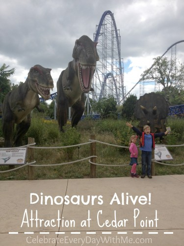 dinosaurs at cedar point