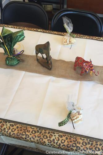 safari themed baby shower tables
