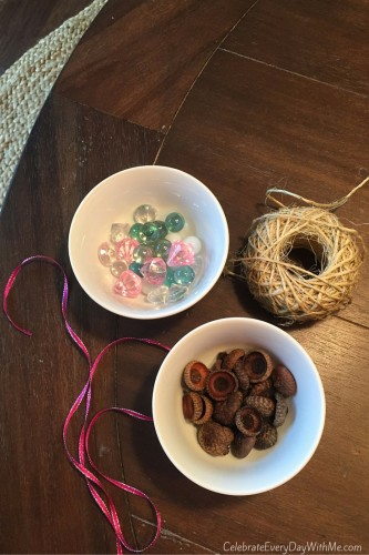 How to Make Sweet Acorn Ornaments and Gift Tags - 3