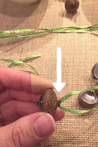 How to Make Sweet Acorn Ornaments and Gift Tags - 7