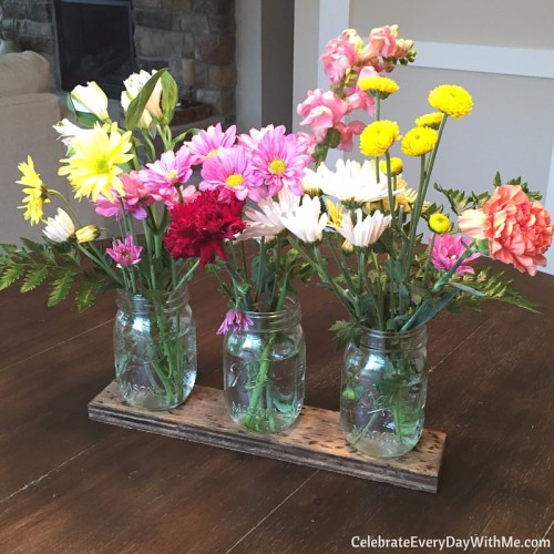 how to make wood look worn for a rustic split bouquet (14)