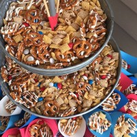 You'll Love This Easy Patriotic Snack Mix