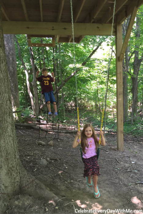 7 things we did to make our simple treehouse awesome (19)