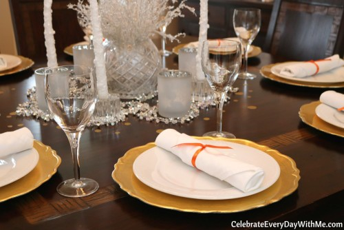 new-years-brunch-table-setting-3b