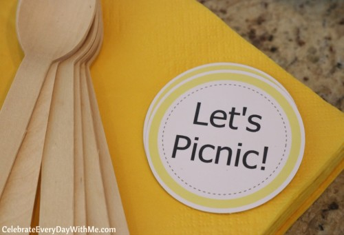 Fun & Easy Ideas for a Spring Picnic Party (5b)