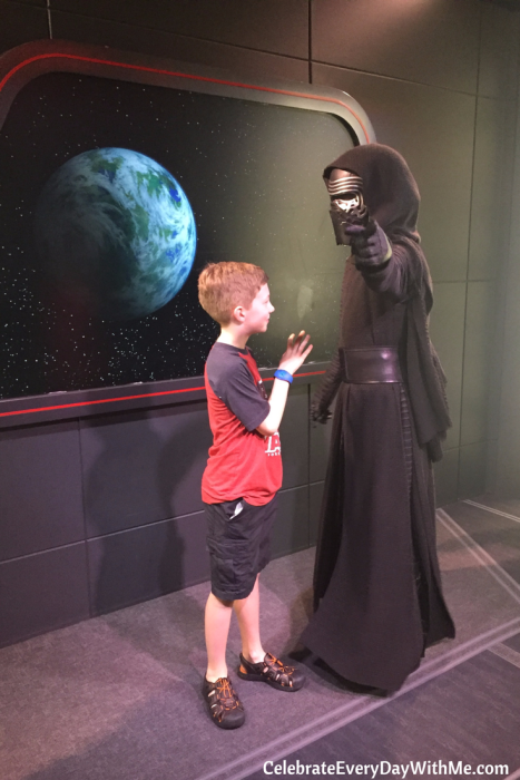 meeting Kylo Ren in Disney World - Star Wars Guide