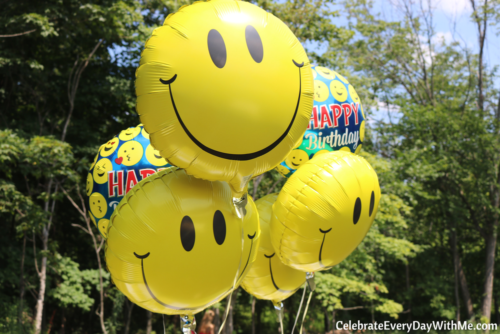 Another Simple And Easy Idea For Decor Is To Shop Your Local Dollar Store Balloons I Loved These Emoji They Were Only A Buck Each